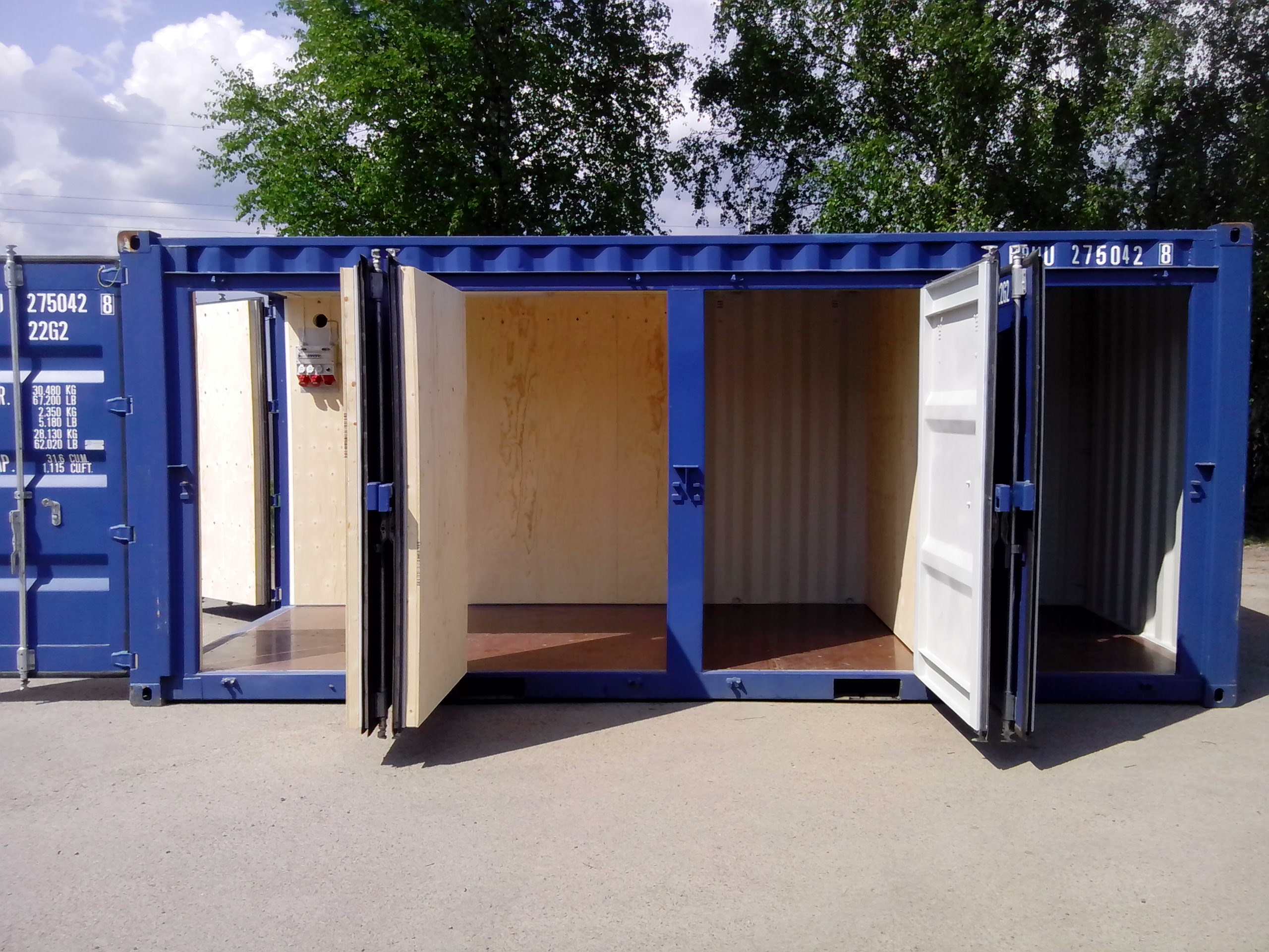 20ft Fraktcontainer Openside 4D isolerad